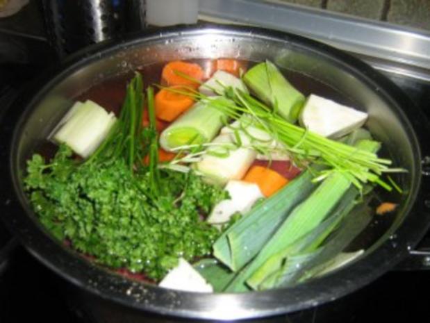 Rindfleisch mit feiner Meerrettichsoße, Kräuterkartoffeln  und Rote-Bete-Salat - Rezept - Bild Nr. 3