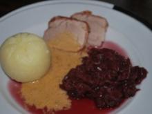 Schweinefilet im Schinkenmantel mit Zwiebelrahmsauce - Rezept