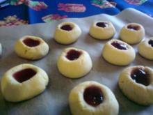 Marzipan-Kirsch-Augen - Rezept