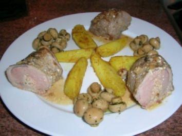 gefülltes Schweinefilet mit Minichampignons und Curry Kartoffeln - Rezept
