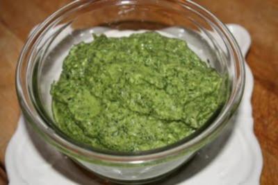 Pesto Genovese original italienisch ~ grün - Rezept