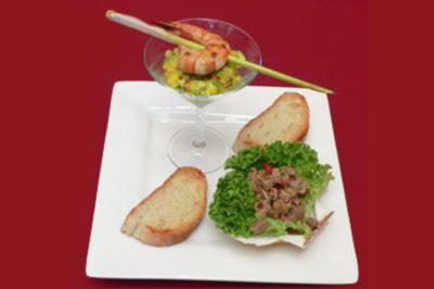 King-Prawn-Spieße an Mango-Avocadosalat und Tunfisch-Ceviche - Rezept