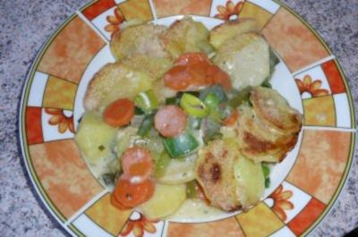 Auflauf: Gemüseauflauf mit Sahnesoße - Rezept