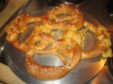 Brotzeit/ Snack: Käsebrezel Reigen - Rezept