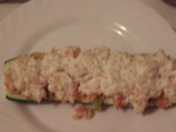 Zucchini mit Hirse-Gemüse-Füllung - Rezept