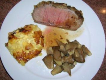 """Rezept: Roastbeef """"Senfonie"""" mit Kartoffel-Mandel-Gratin und Austernpilzen"""