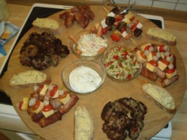 Käse-Frikadellen in schinkenmantel - Rezept
