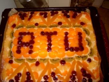 Quarkkuchen mit Früchten ( Blechkuchen ) - Rezept