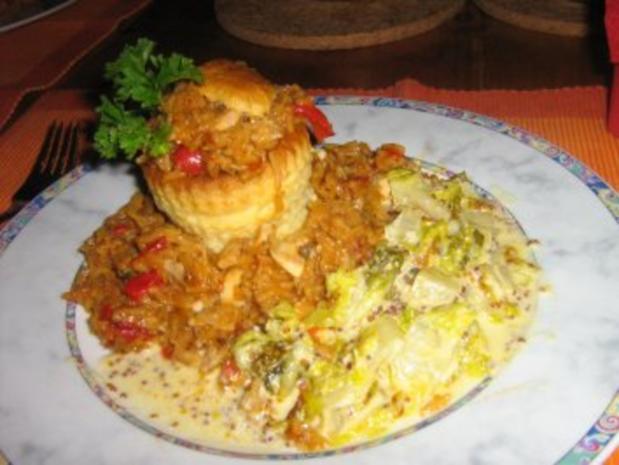 Königin Pastete mit Paprika-Reis-Hähnchen Füllung - Rezept