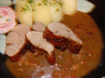 Fleisch : -Gespritztes Schweinefilet mit Specksauce - - Rezept