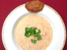 Nigerianische Erdnuss-Suppe mit westafrikanischem Bananenbrot - Rezept