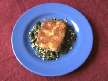 Feta - Käse auf Blattspinat - Rezept