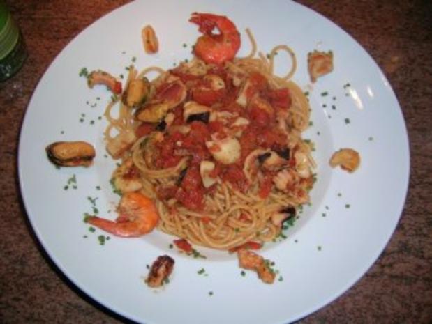 Spaghetti Lunghi Rossi mit Frutti di Mare - einfach nur lecker - - Rezept - Bild Nr. 5