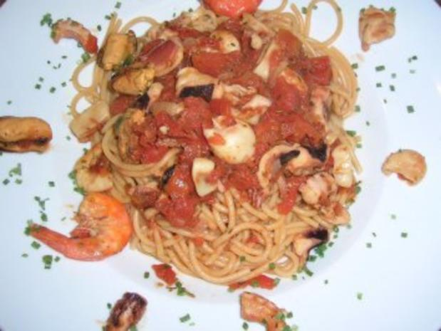 Spaghetti Lunghi Rossi mit Frutti di Mare - einfach nur lecker - - Rezept - Bild Nr. 2