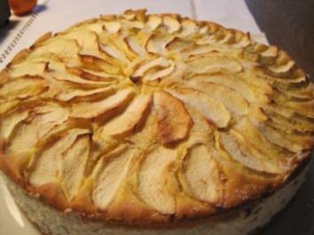 Gefüllter Apfelkuchen - Rezept