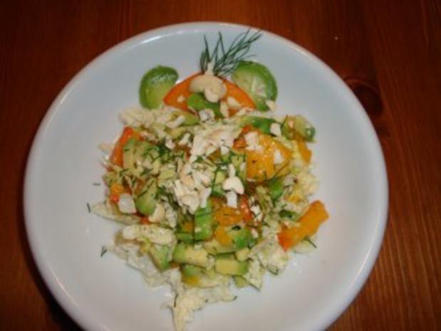 Avocado-Kaki Salat - Rezept