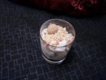 Amerettinicreme mit gerösteten Mandeln - Rezept
