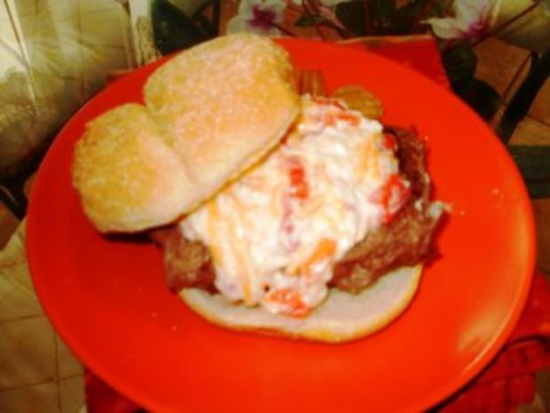 Klassic Pimientokaese und Bacon Burger - Elvis Presley liebte Pimento Kaese auf seinen Hamburgers - Rezept - Bild Nr. 4