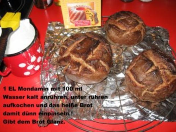 kleine Roggenmischbrote für Wildgulaschsuppe - Rezept - Bild Nr. 4