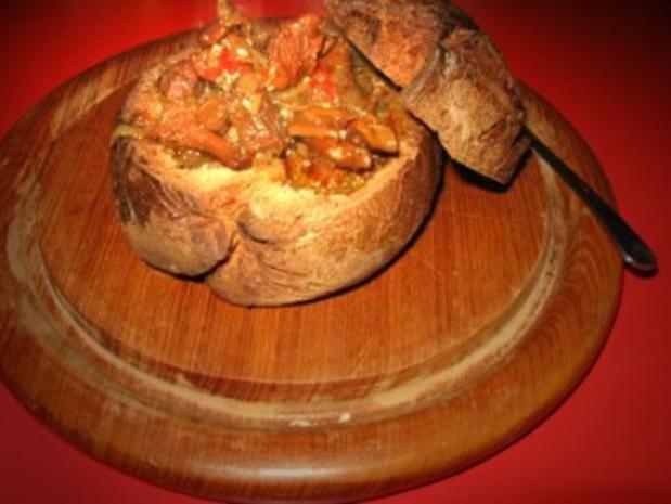 kleine Roggenmischbrote für Wildgulaschsuppe - Rezept - Bild Nr. 6