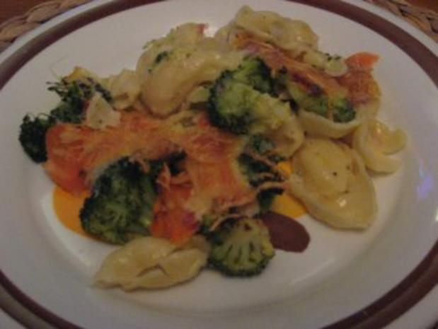 Brokkoli-Nudel-Auflauf - Rezept - Bild Nr. 2