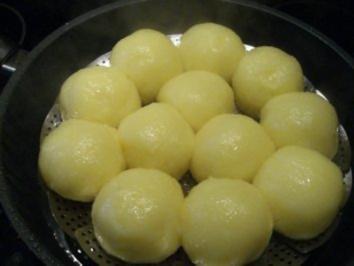 Kartoffel:    KARTOFFELKLÖßE  .... unter Dampf - Rezept