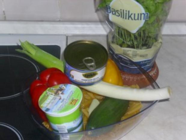 Bunter Nudelsalat mit Thunfisch - Rezept - Bild Nr. 2