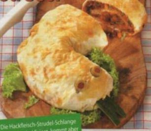 Hackfleisch-Strudel-Schlange - Rezept