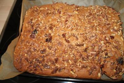 Nuss-Blechkuchen - Rezept