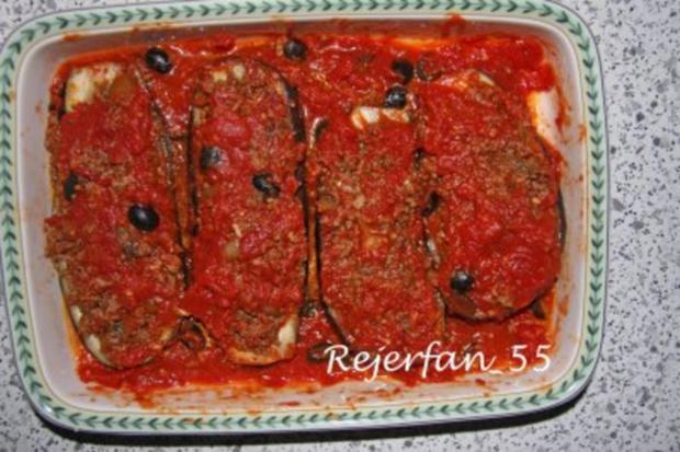 Gefüllte Auberginen in Tomaten-Olivensoße - überbacken - Rezept - Bild Nr. 4