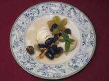 Mascarponemousse mit Traubensalat - Rezept