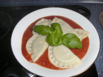 Gefüllte Ravioli...mit Hackfleisch und Zucchini - Rezept