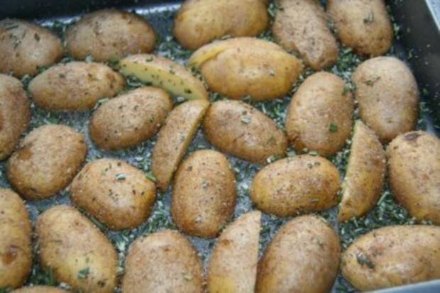Kalbsrouladen mit Rosmarinkartoffeln - Rezept - Bild Nr. 3