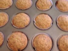 Haselnuss-Möhren-Orangensaft-Muffins - Rezept