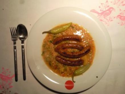 Linseneintopf mit Merguez-Würstchen - Rezept