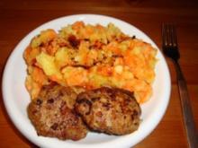 Möhren und Kartoffeln untereinander mit Frikadellen - Rezept