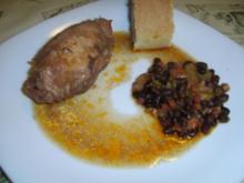 Mit  Schinken & Gemüse gefüllte Hühnerbrust an Bohnen - Ananasgemüse - Rezept