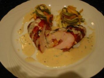 Hühnchen-Gourmetröllchen an Salbeisauce - Rezept