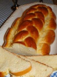 Rezept: Hefezopf mit Honigglasur