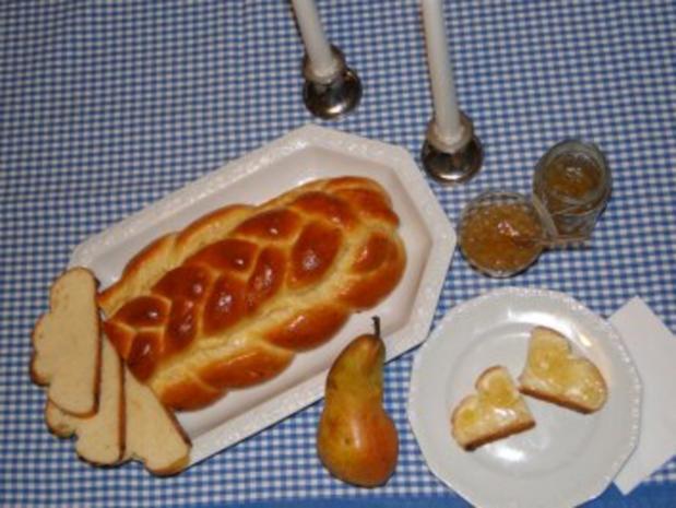 Hefezopf mit Honigglasur - Rezept - Bild Nr. 2