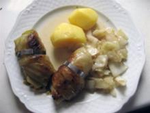 Kohlrouladen gefüllt mit Hackfleisch - Rezept