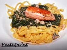 Tagliatelle mit Spinat - Lachs-Käsesauce - Rezept