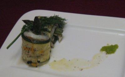 Fischröllchen in Orangen-Pfeffer-Butter gegart - Rezept