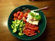 Tomate-Schafskäsesalat - Rezept