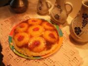 Kuchen - Ananas umgekehrter Kuchen in eine Pfanne - Die Fluessigkeit auf dem Boden des Kuches macht ihn lecker-mit 4 Bildern - Rezept