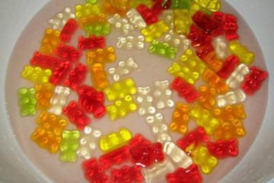 Gummibärenbowle für Erwachsene ;-) - Rezept