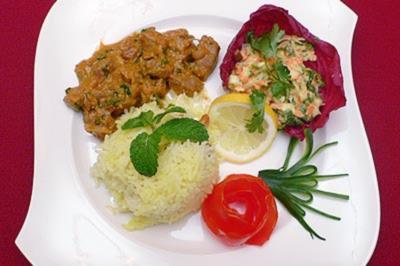 Lamm Biryani mit Cashewkernen und Rosinenreis - Rezept
