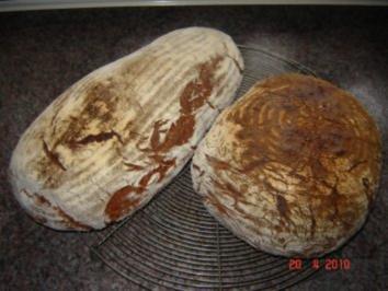 Brot + Brötchen :Würziges Bauernbrot - Rezept