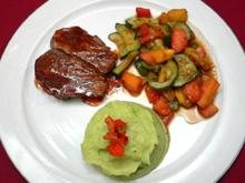 Filet vom Jungbullen mit Kressepüree und mediterranem Salat - Rezept