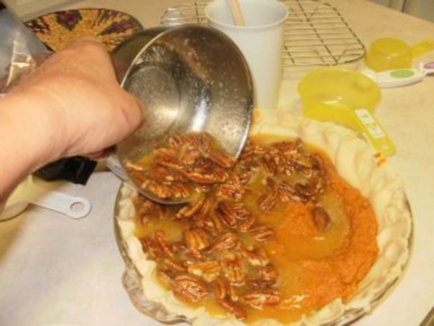 Pie- Pumpkin mit Nuessen - Suedstaaten von Amerika Rezept fuer Thanksgiving Feiertag - dieser Pie ist aber um das ganze Jahr beliebt- mit 4 Bilder - Rezept - Bild Nr. 5